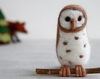 Needle Felt Barn Owl Kit