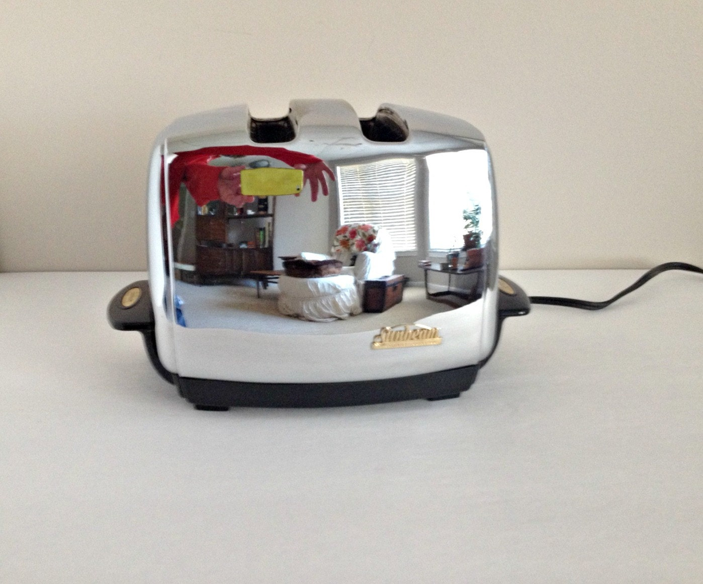 1960s Toaster With Bread ~ Vintage toaster sunbeam radiant control t automatic