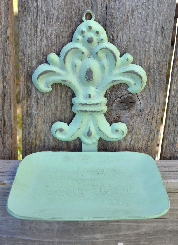 shabby chic fleur de lis metal soap dish in mint darling. Black Bedroom Furniture Sets. Home Design Ideas