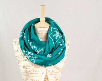 Mommy and Me Scarf Set, Winter Scarf, Matching Infinity Scarf, Holiday Scarf, Snowflake Infinity Scarf, Turquoise Christmas Scarf Kids Gift