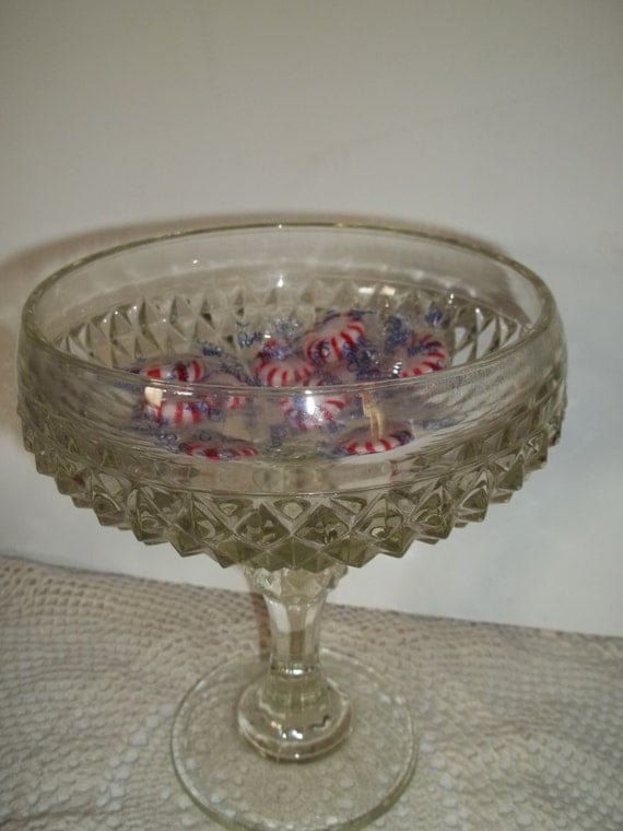 Vintage candy dish bowl centerpiece by