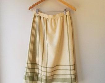 vintage cream wool skirt . blanket skirt . small