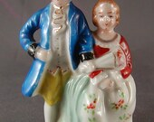 Vintage Porcelain Colonial Couple Figurine 3 Inches high Hand Painted Occupied Japan