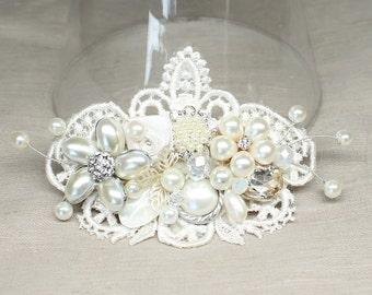 Ivory Bridal Hair Comb- Ivory Hair Accessory -Bridal Hair Accessories-Vintage Inspired Hair Piece-Lace Haircomb- Bridal Hair Comb-Fascinator