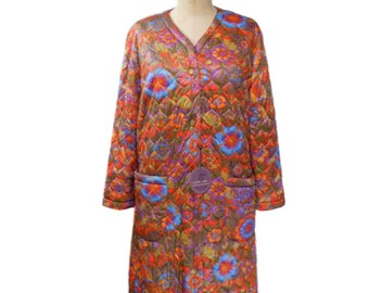 vintage 1960s VANITY FAIR floral robe / quilted / house coat / nylon tricot / loungewear / deadstock / women's vintage robe / size 18