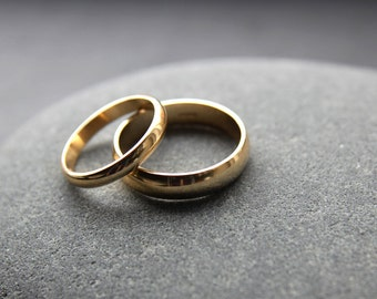 Wedding Ring Set: 18ct Yellow Gold Wedding Band Set, 3mm & 5mm, Half-Round Profile, Shiny Finish, Custom Sizes