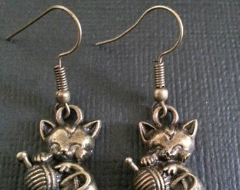 Bronze Cute Kitten Playing Earrings