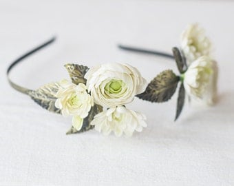 Bridal floral crown - woodland garden wedding - wedding hair accessory - flower crown - floral headband - ranunculus, dahlia, leaves