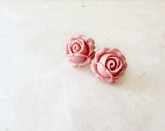 Pink Rose Earrings, Antique Pink Studs, Big Flower Earrings, Resin Post Earrings, Rose Stud Earrings, Blush Bridesmaids Jewelry
