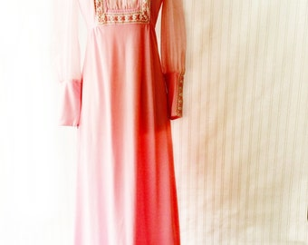 Vintage 70s pink maxi dress/ prairie dress/ empire waist/ rustic peasant gown/ ruffle hem/ Girl from Oklahoma/ bubblegum