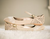 SALE. Stone Ballet Flats, Wedding Shoes, Bridal Ballet flats, Wedding Flats, Stone Flats, Flat Wedding Shoes with Ivory Lace. US Size 7