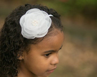 white headband...girls white headband.. baby girls white headbands..newborn white headband..baby girls headband..girls white headband