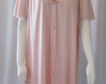 Vintage Peach Nightgown and Peignoir/robe