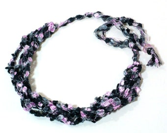 Pink & Black Ladder Yarn Necklace, Ribbon Necklace, Crochet Yarn Necklace, Fiber Necklace, Vegan Necklace, Gifts for Her, Ready to Ship