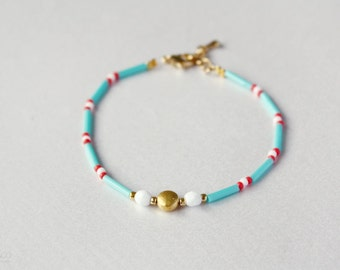 island - delicate beaded friendship bracelet - turquoise, coral and gold / gift for her