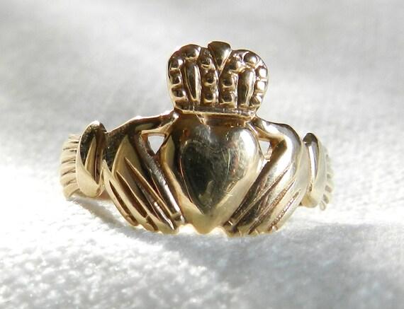claddagh ring irish vintage antique claddagh engagement ring