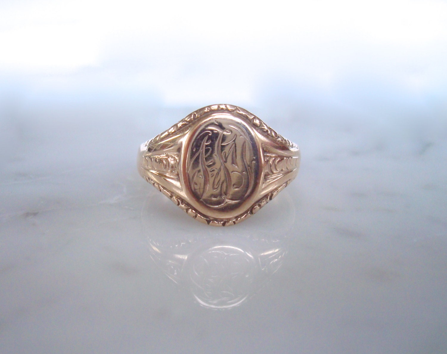 antique gold signet ring 10k gents or by rainonthewind