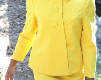 Yellow 70s two piece suit,