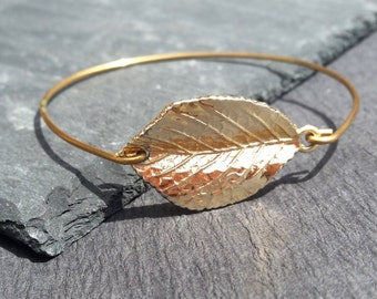 14k Gold Leaf Bangle Bracelet |  Gold Leaf Bracelet | Leaf Bangle |  14k Gold Bangle bracelet | Gold Jewelry | Leaf Jewelry | Simple Bangle