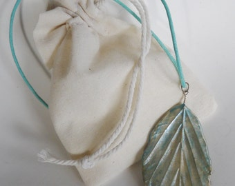Necklace with pendant - Porcelain leaf - blue silver - One of a kind !