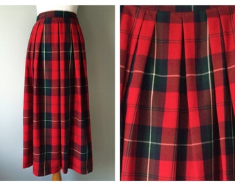 Vintage Plaid Wool Skirt Holiday Christmas Red Green Black Skirt Pleated Preppy Pendleton Style Full Skirt Winter Cozy Size 0 2 4 XS X-Small