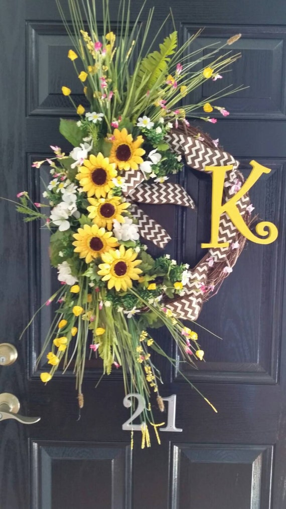 large grapevine sunflowers wreath by designtwentyninesc on etsy