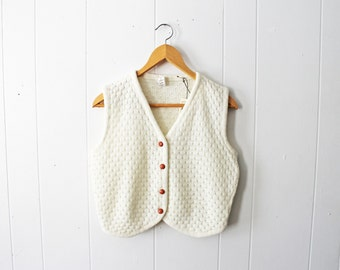 Vintage 60s Beeline Fashions White Cream Soft Sweater Knit Cropped Button Up Vest Size Medium