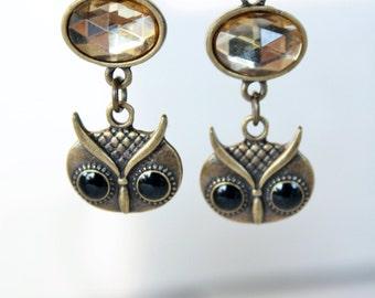 Antique Brass Finish Owl Face Earrings