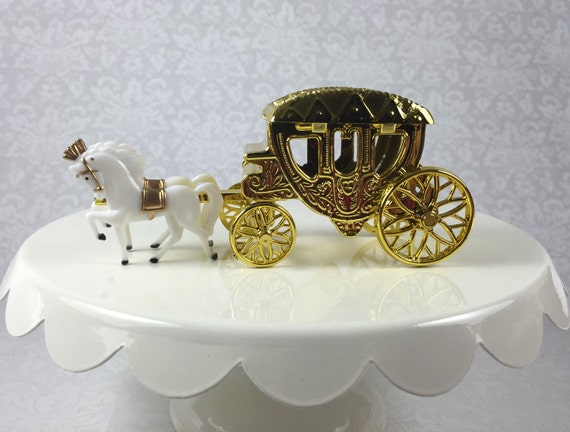 Cinderella carriage centerpieces for birthday party tables