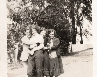 Vintage Photo ~ group hug ~  Candid America