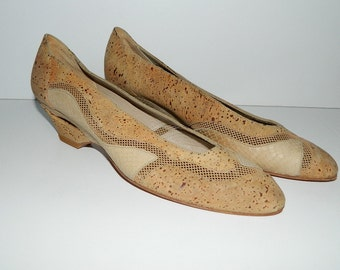 Vintage 1980s Stuart Weitzman Mesh & Cork shoes for Mr. Seymour U.S. Size 6-1/2 Made in Spain