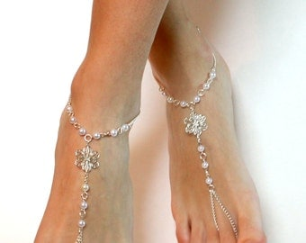 Flower Barefoot Sandals Chained Sandals Barefoot Sandles Anklet Foot Jewelry Destination Wedding Beach Wedding Sandals Pearl Sandals Beach