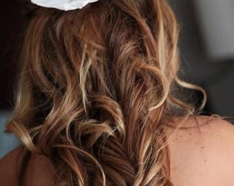 BRIDAL HAIR CLIP, silk flower, Tropical, Hair Flower, Wedding Hair Accessory, Flower Clip, Pearl Center, Bridesmaid, Beach Wedding, Hawaiian