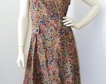 Vintage 1970s Floral Corduroy Dress with front Pockets