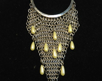 FREE  SHIPPING  1970 ABstract Silver Necklace