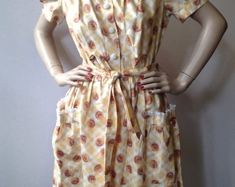 Vintage 50's french yellow cotton printed dress  printed with brown roses