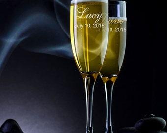 Set of 2 - Personalized Wedding Flutes - Custom Champagne Flutes - Engraved Champagne Glasses - Champagne Glass - Toasting Flutes