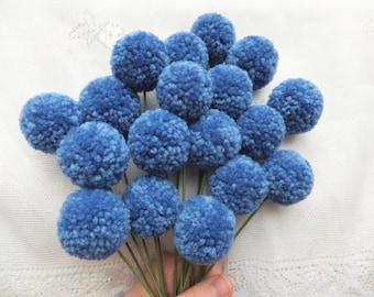 Periwinkle Yarn Pom Pom Flowers: Set of 18