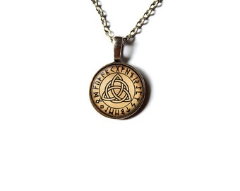 Trinity knot necklace Pagan pendant Celtic jewelry NW239
