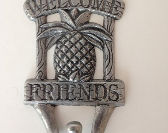 "Carson Statesmetal Pewter Welcome Friends Pineapple Hook 5"" Made in USA"