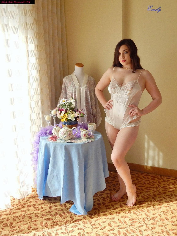 Pink ruffled lingerie - 3 part 5