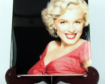 Marilyn Monroe gifts - collectible ceramic tile - Marilyn Monroe print on tile - handmade - Marilyn wall art - Divas - Marily wall decor