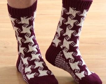 Sock Knitting Pattern, pdf, stranded knitting, sock pattern, knitted socks pattern, pdf knitting pattern, stars, Swirling Star Socks