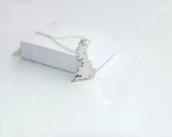 England, UK Necklace! Sterling silver chain