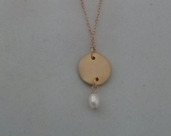 Round gold disc necklace.Delicate jewelry-Geometric jewelry - Circle jewelry - chic jewelry.