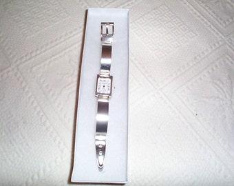 Vintage Sterling Silver QUARTZ Women's GRUEN watch will fit 6-3/4 to 7 inch wrist