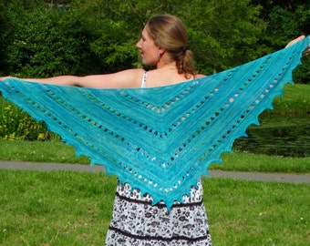 KNITTING PATTERN - Zomer Zilt Broomstick Lace Shawl - instant pdf download