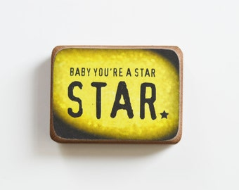 STAR // Wooden magnet in the technique of decoupage