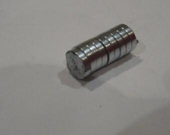30 Magnet Discs 6 x 1.5mm - Ref FD260