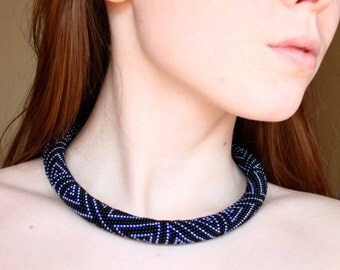 Black and blue bead crochet necklace - Beaded rope necklace - Geometric necklace